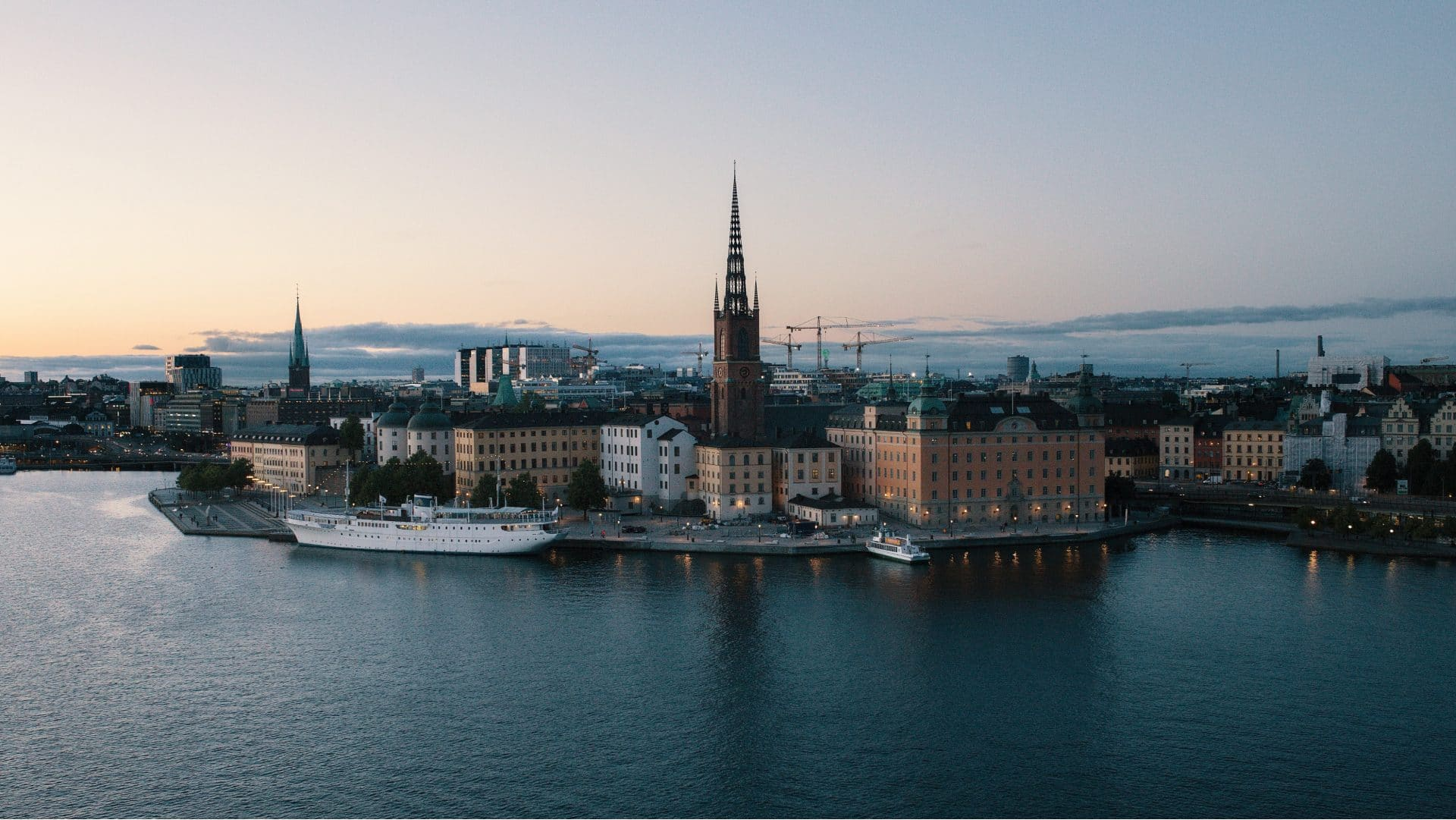 Silo AI expands to Sweden with plans to build a leading AI lab in Stockholm